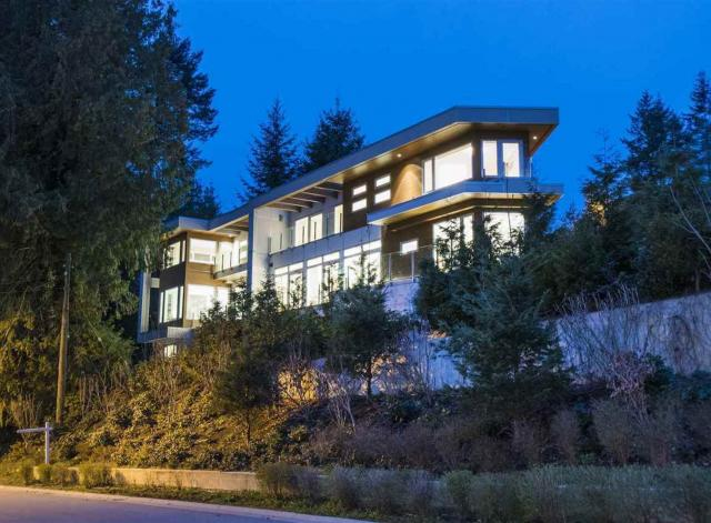 970 Duchess Avenue, Sentinel Hill, West Vancouver
